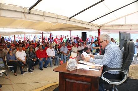 PROGRAMA 114-TRIUNFANDO CON EL GOBERNADOR CMF (2)