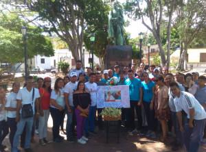 Los jóvenes recitaron poemas y dedicaron mensajes al Canciller de la Juventud